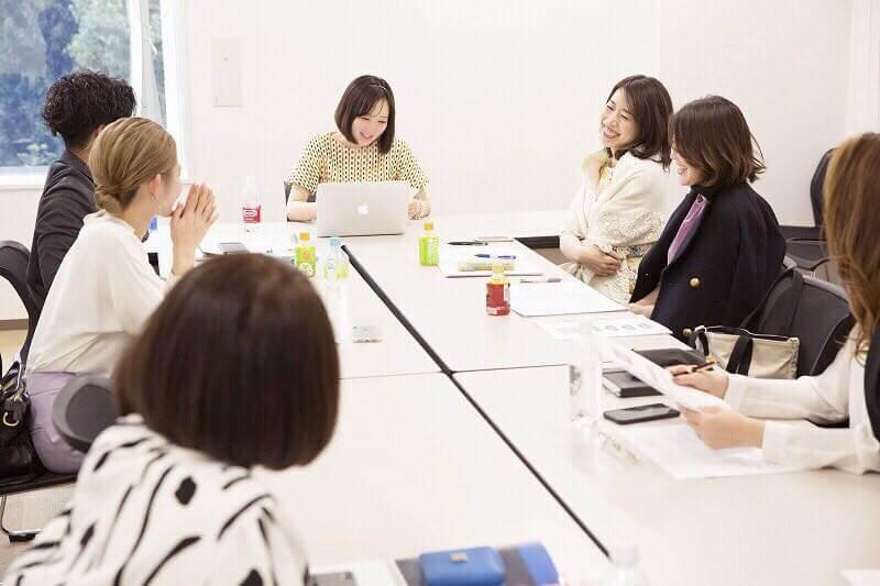 イメージコンサルタント養成講座開業準備コース授業風景
