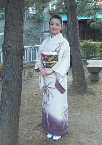 印象学を使って、なりたい自分になろう!国際イメージコンサルタント協会認定イメージコンサルタントAkiko TAKATA-kimonoako