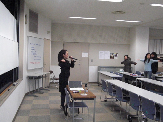 印象学を使って、なりたい自分になろう!国際イメージコンサルタント協会認定イメージコンサルタントAkiko TAKATA-純心