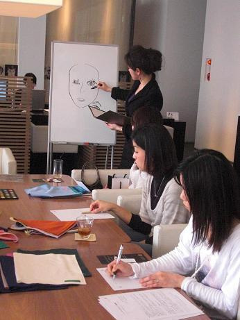 印象学を使って、なりたい自分になろう!国際イメージコンサルタント協会認定イメージコンサルタント Akiko A. TAKATA
